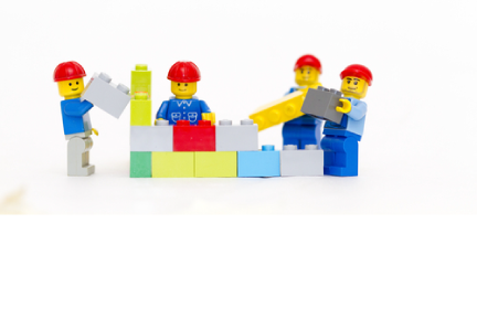 The Lego Experience: Standardization and Flexibility Hand in Hand